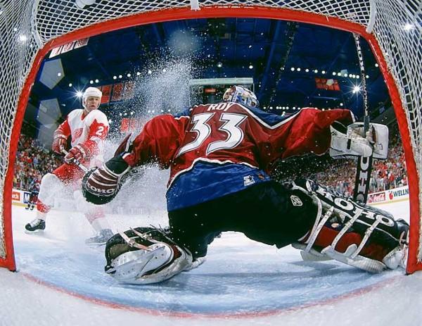 На обложке NHL 14 изображен Бродо