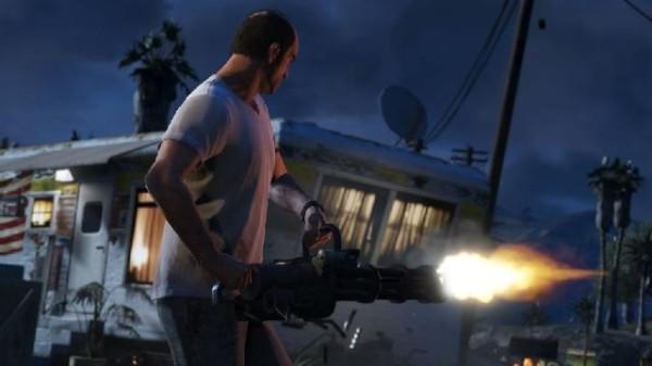 Фанаты пятой части GTA 5 притворились копами ради покупки любимой игры
