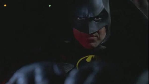 Бэтмэн снова возвращается