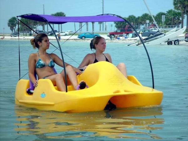 Водные велосипеды – один из лучших видов летнего отдыха