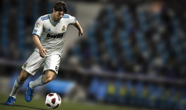ФИФА 12 и оборонительная составляющая